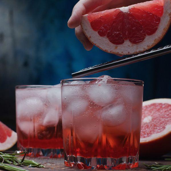 serving-grapefruit-sodas
