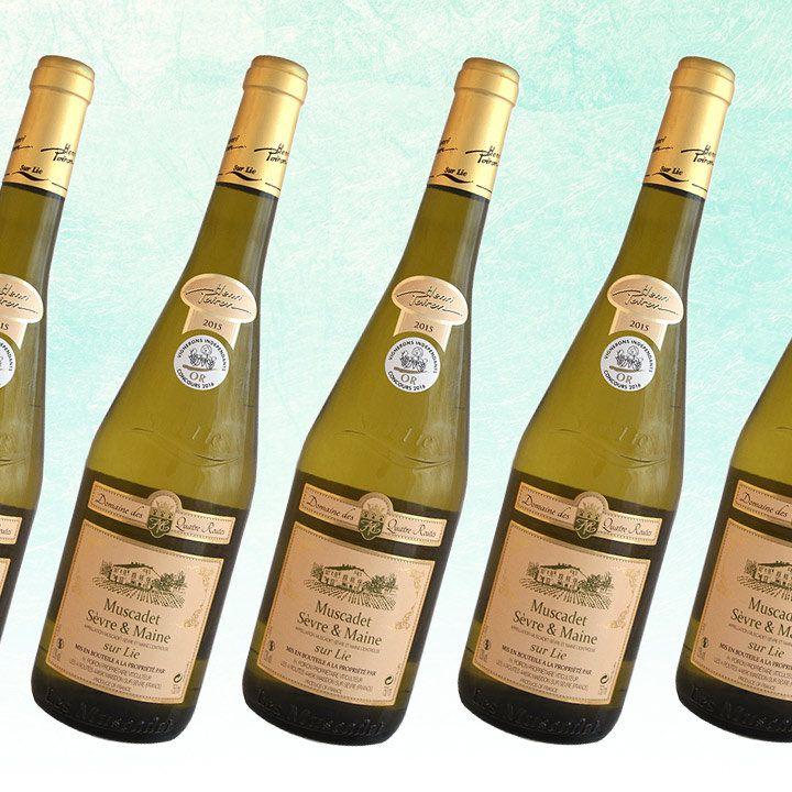 Henri Poiron Domaine des Quatres Routes Muscadet bottles