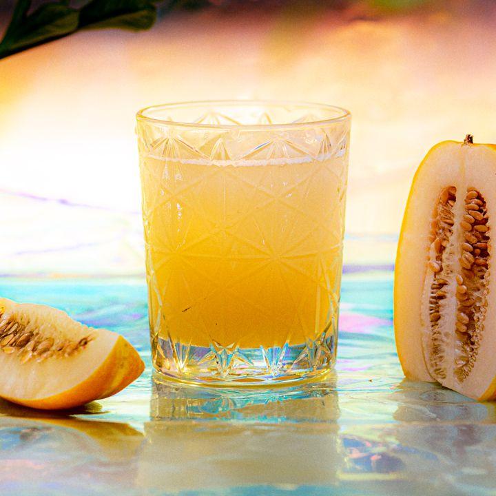 Golden Dew cocktail