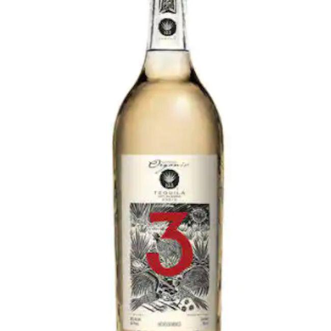 123 'Tres' Añejo