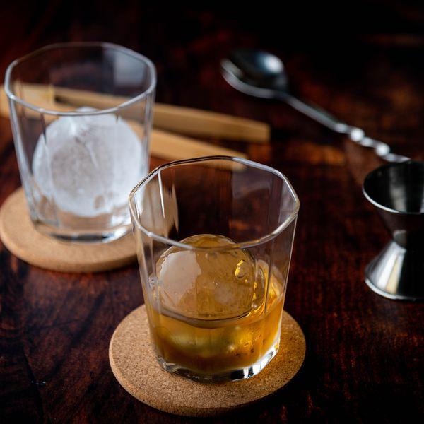 sphere-ice-whiskey