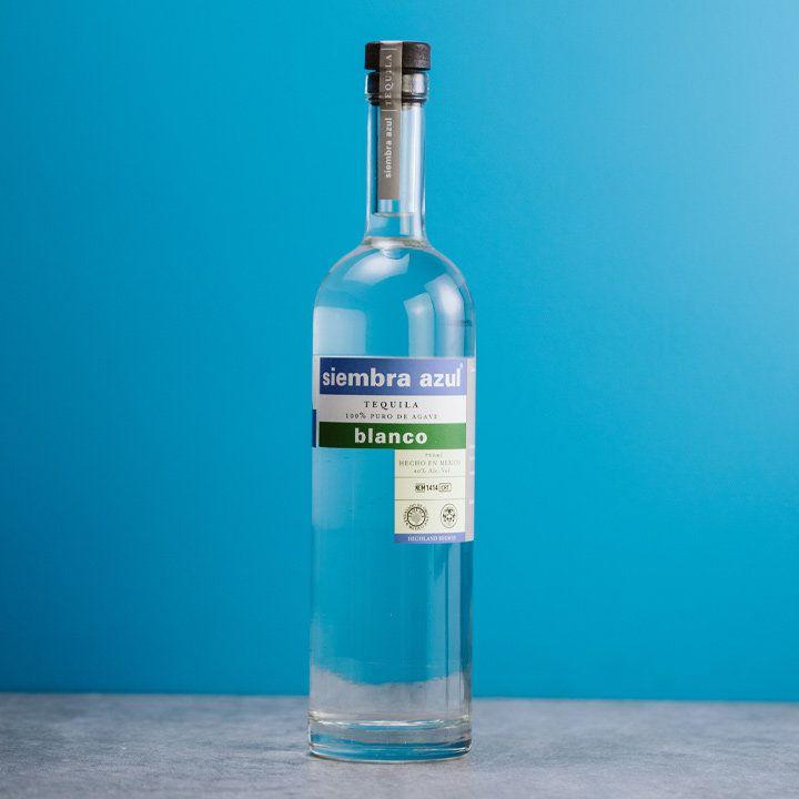 Siembra Azúl Blanco bottle