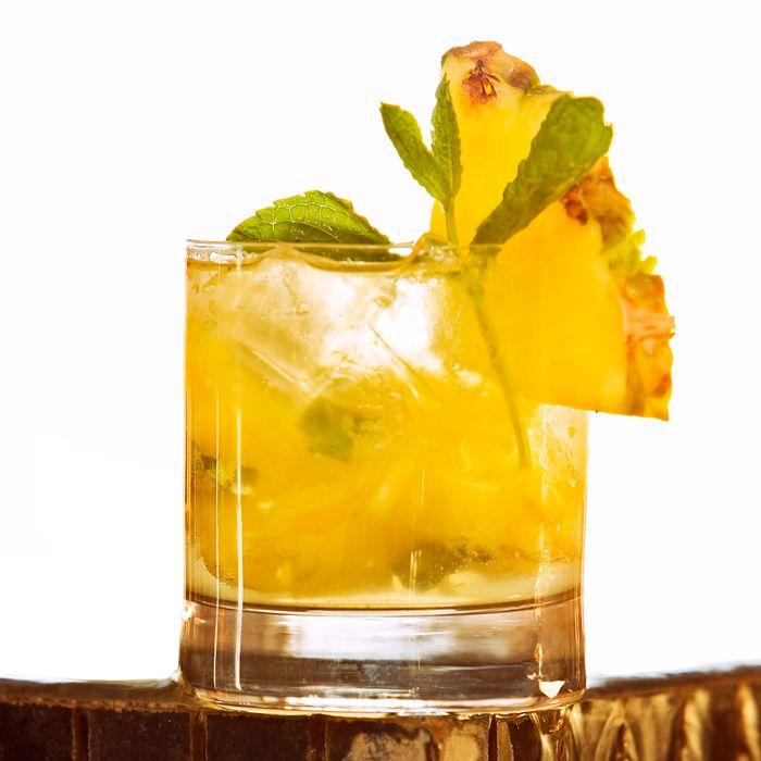 Pineapple Vanilla Mojito cocktail