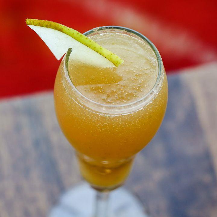 spice pear bellini cocktail