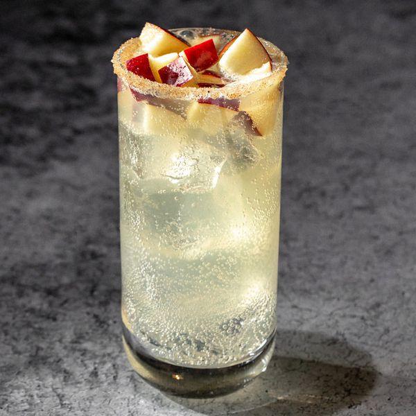 Manzanasada cocktail