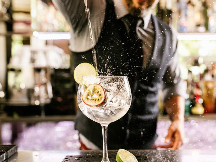 How to Drink Gin: 6 Rules to Follow