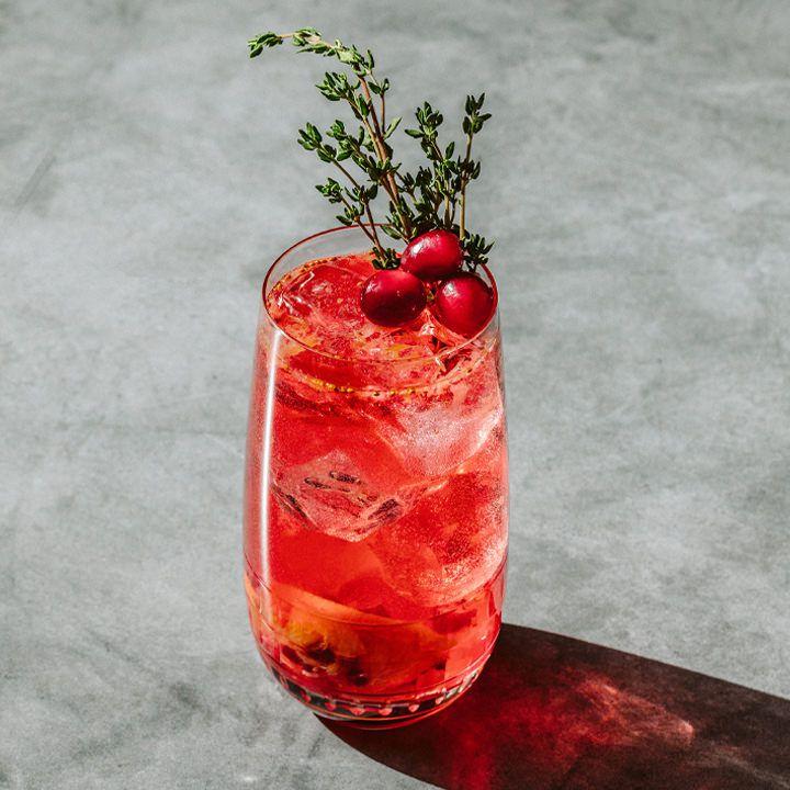 Under the Mistletoe cocktail
