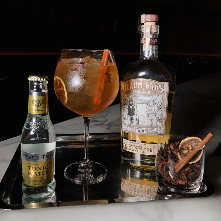m gin & tonic cocktail