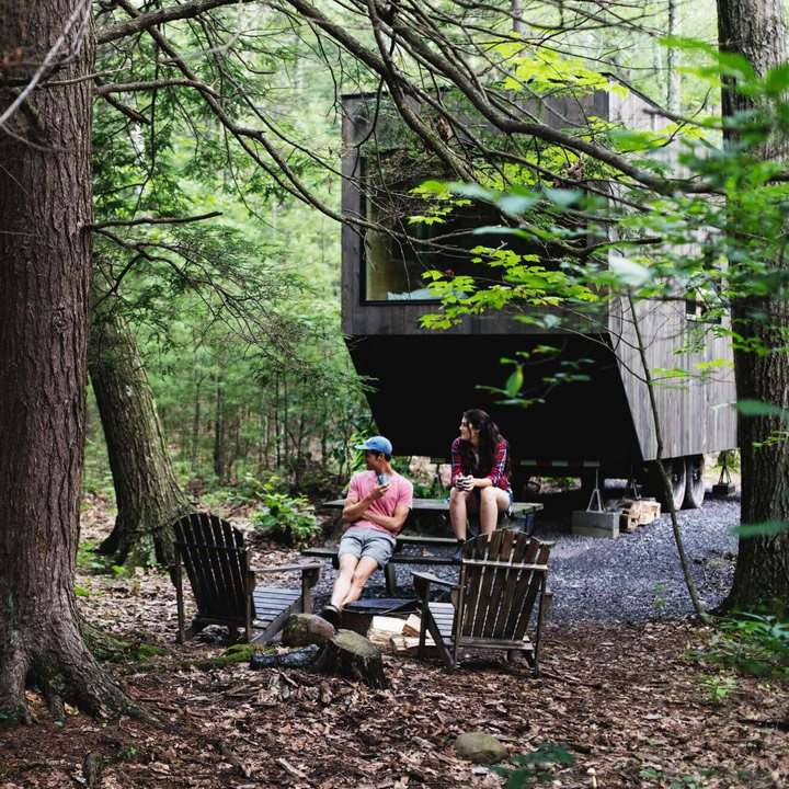 Getaway custom cabins in the wood