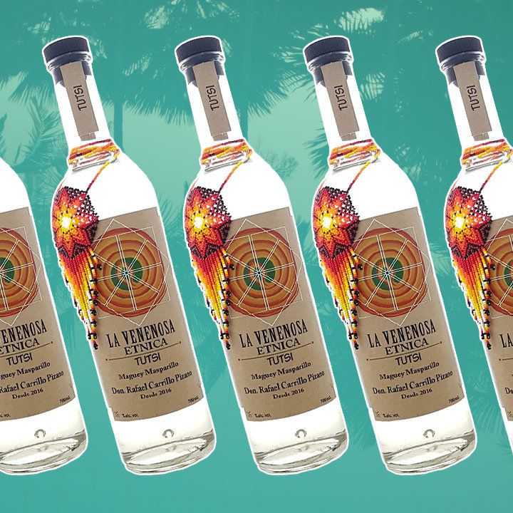 La Venenosa Etnica Tutsi Raicilla bottle
