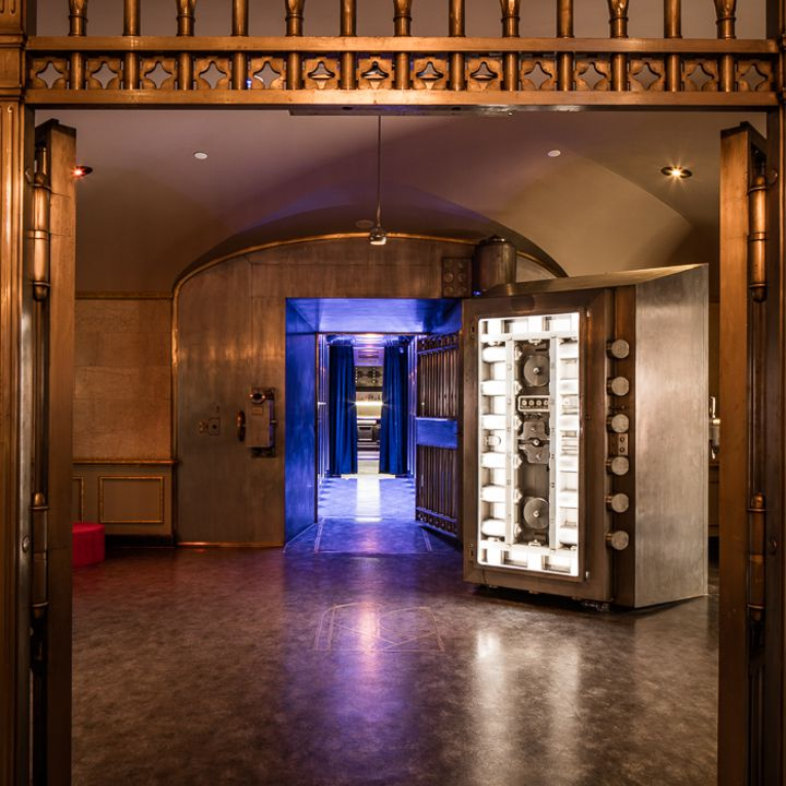 Entrance to La Voute bar in Montreal