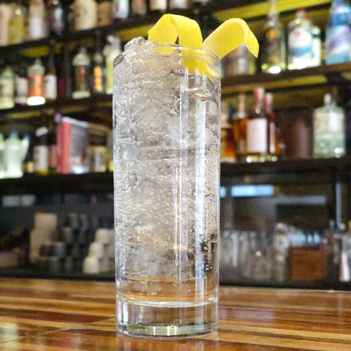 Gin Sonic cocktail