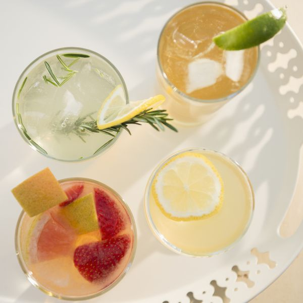 drinks-on-tray