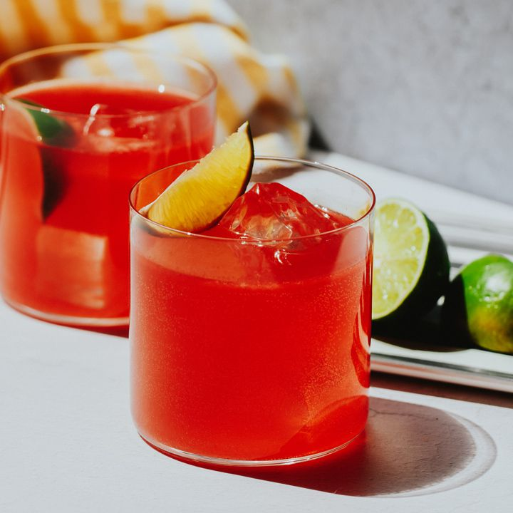 mexican punch cocktail