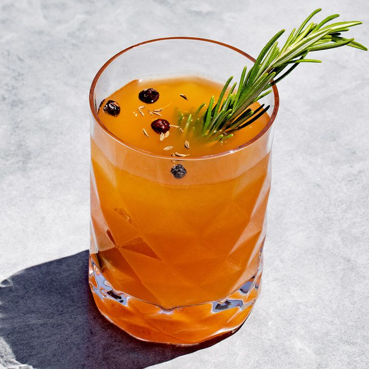 Duck Hunt cocktail
