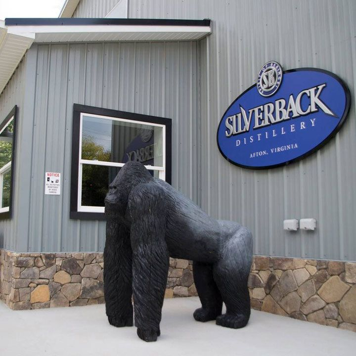 Silverback exterior with view of gorilla statue