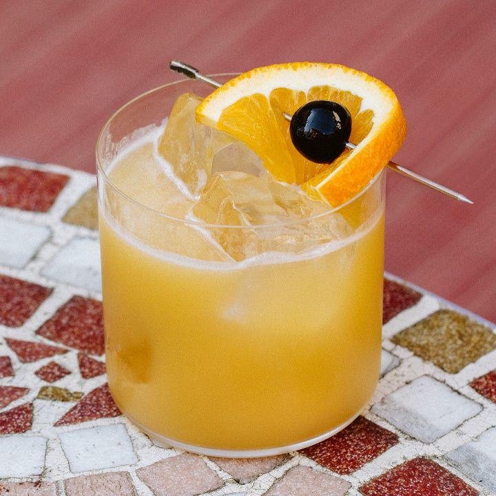 Amaretto Stone Sour cocktail